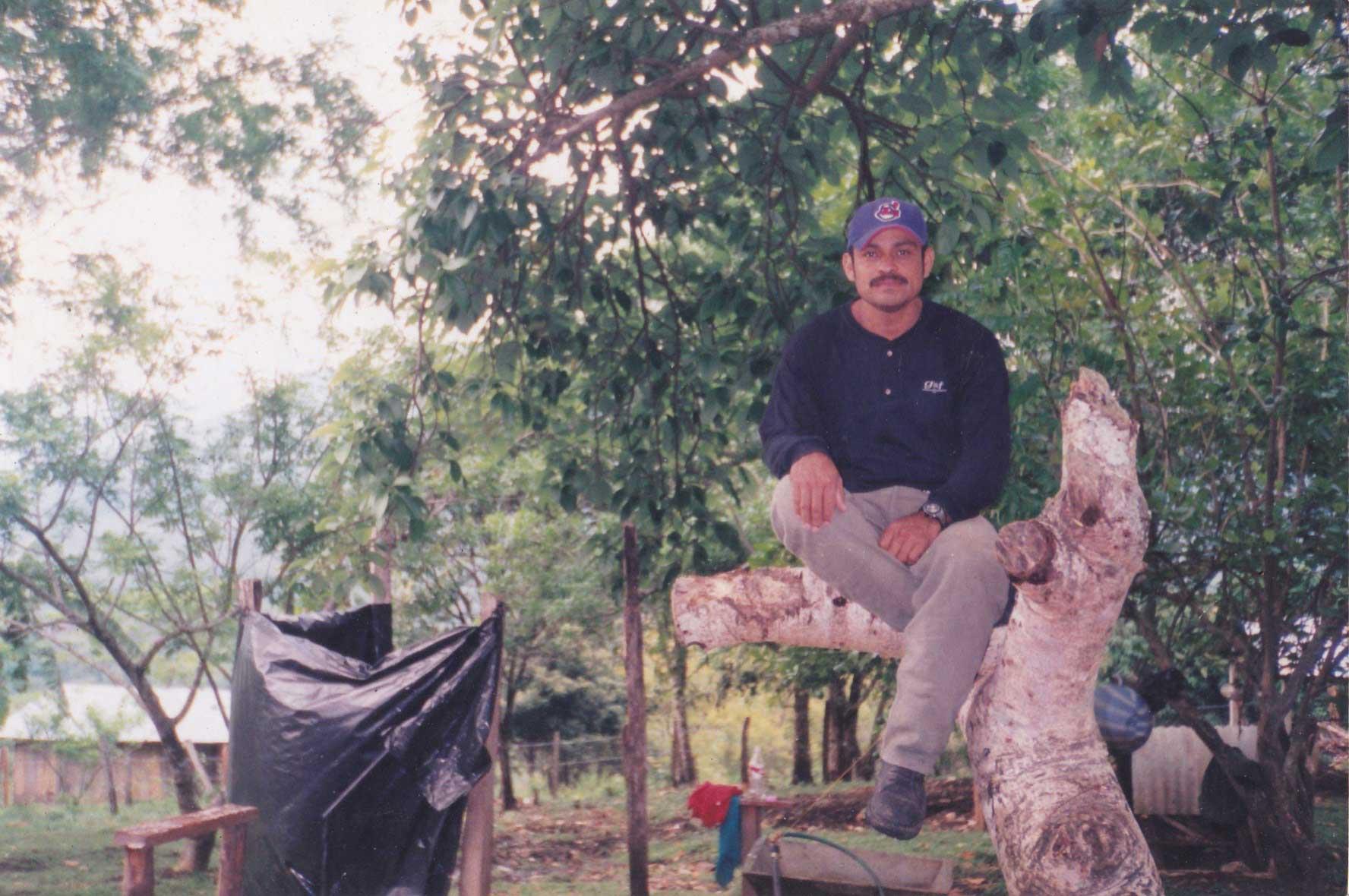 Maestro Galeano - zum ersten Mal veröffentlicht die EZLN ein Bild eines verstorbenen Zapatisten ohne Maskierung